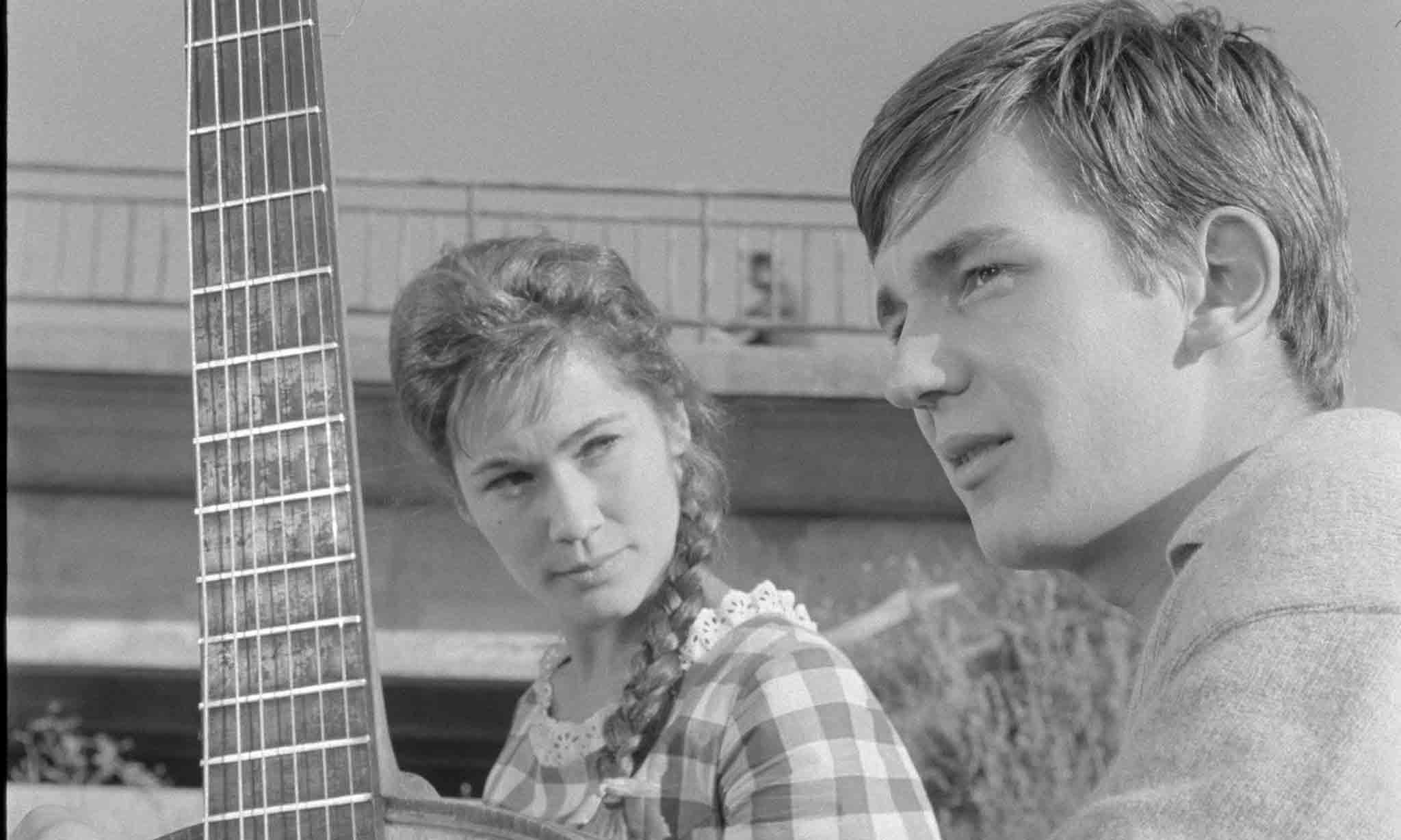 Image du film LE BONHEUR EST POUR DEMAIN
